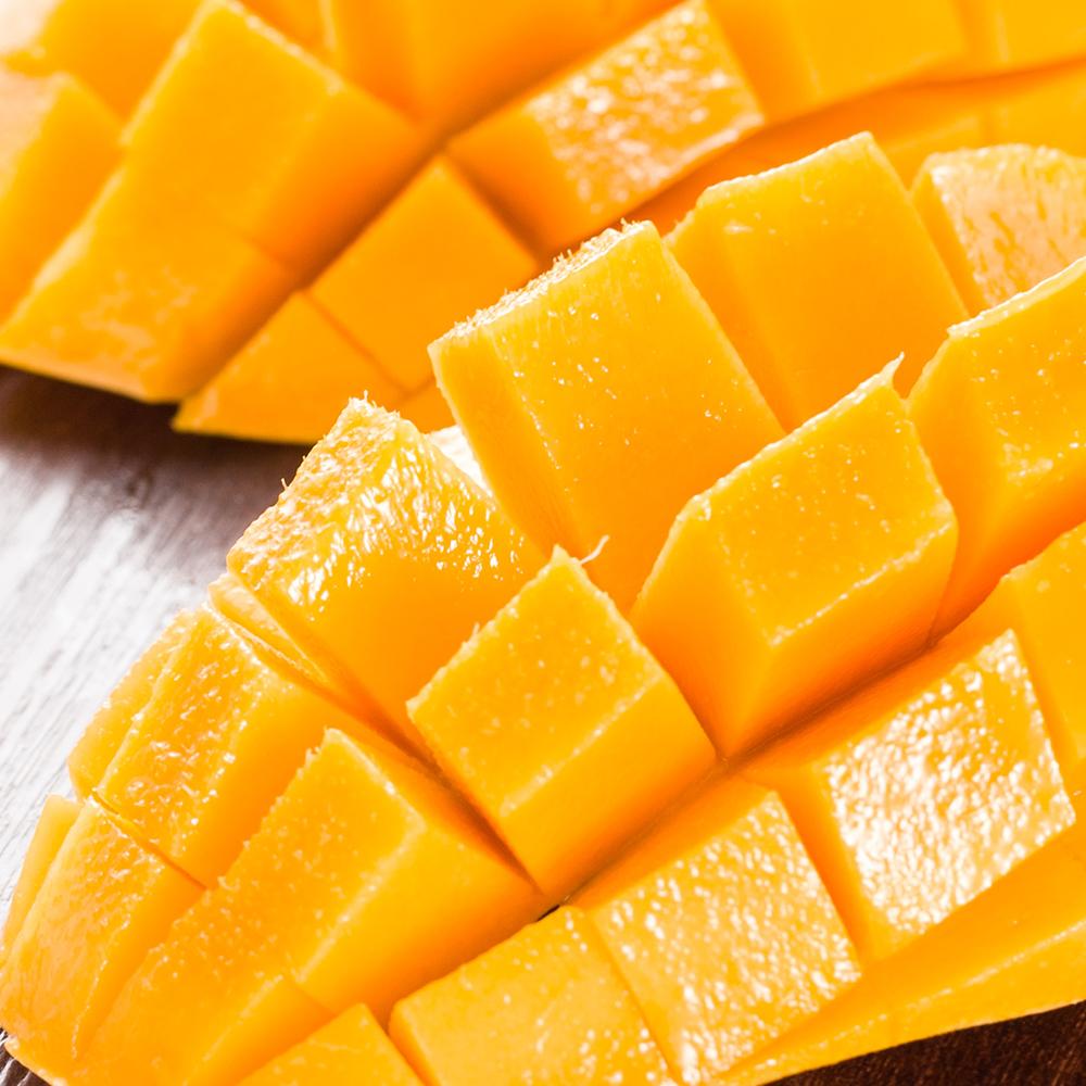 芒果头尖,果型可爱,肉质细腻